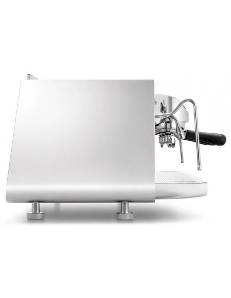 آلة الإسبريسو إيجل ون بنظام التحكم الحجمي و بمجموعتين من